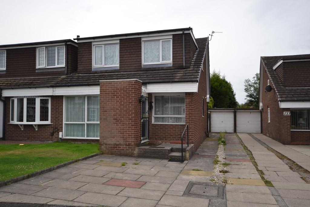 3 Bedrooms Semi Detached House for sale in Stockport, Greater Manchester