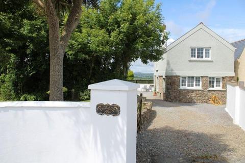 3 bedroom property for sale - Ysgubor