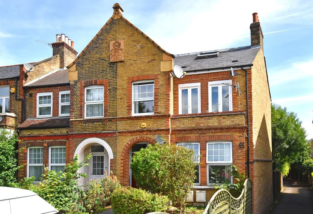 3 Bedrooms Flat for sale in Adelaide Avenue SE4