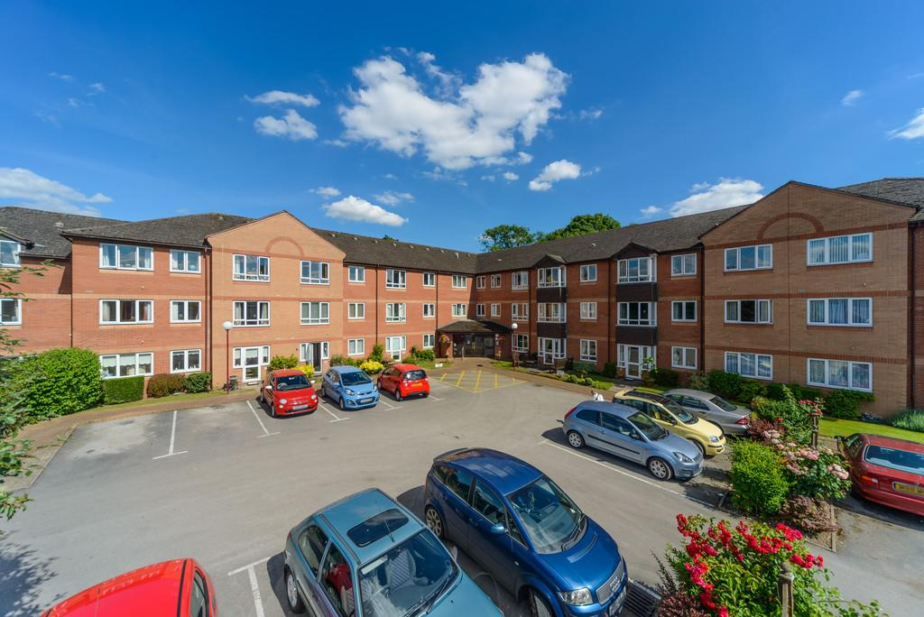 2 Bedrooms Apartment Flat for sale in Ashdene Gardens, Whitemoor Road