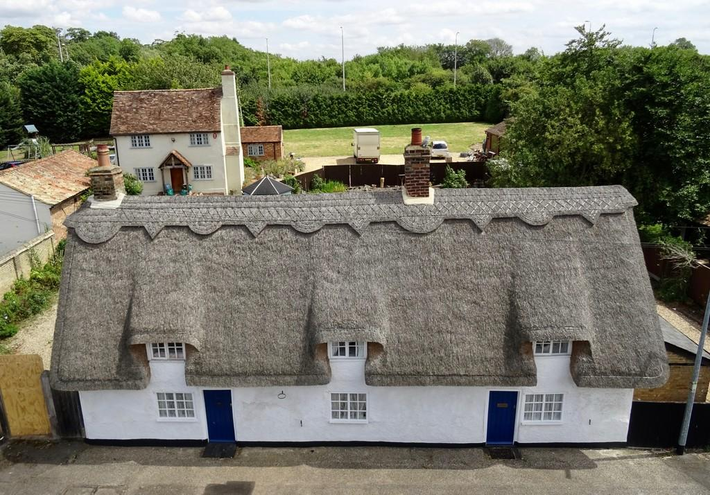 3 Bedrooms Cottage House for sale in Church Street, Tempsford