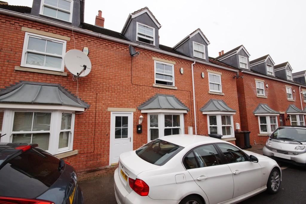 3 Bedrooms Town House for sale in Robey Court, Robey Street, Lincoln