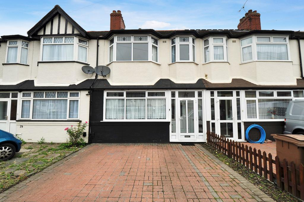 3 Bedrooms Terraced House for sale in Frankland Road, Chingford