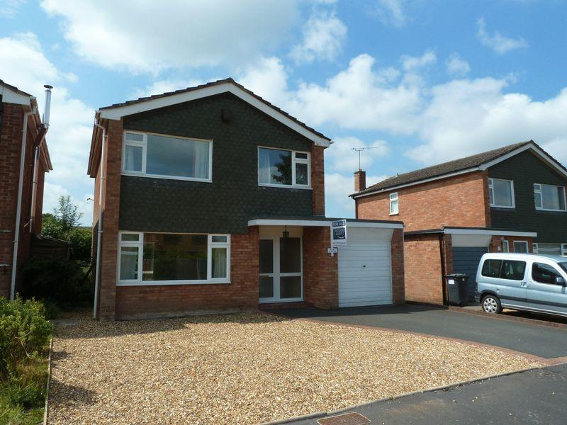3 Bedrooms Detached House for sale in Tollgate Drive, Audlem, Cheshire