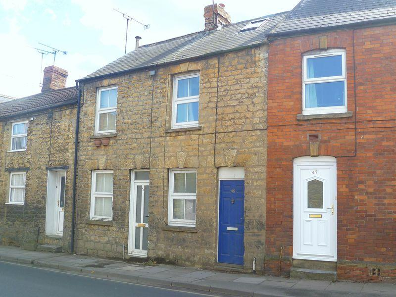 1 Bedroom Cottage House for rent in West Street, Crewkerne