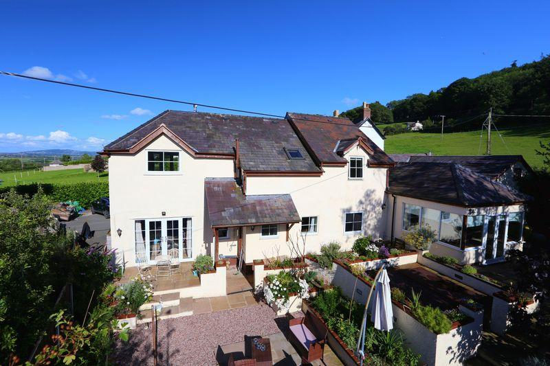 6 Bedrooms Detached House for sale in Tan Y Fron Road, Abergele