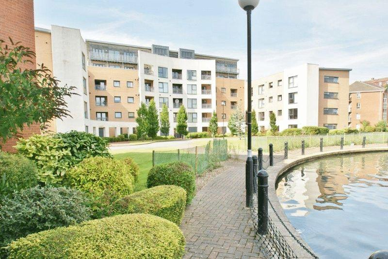 2 Bedrooms Apartment Flat for sale in Ellerman Road, Liverpool