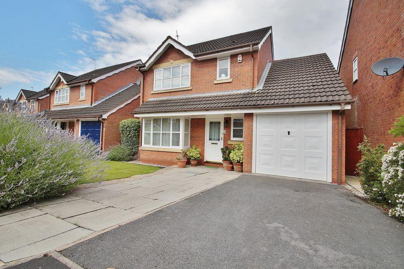 3 Bedrooms Detached House for sale in Fieldlands, Southport