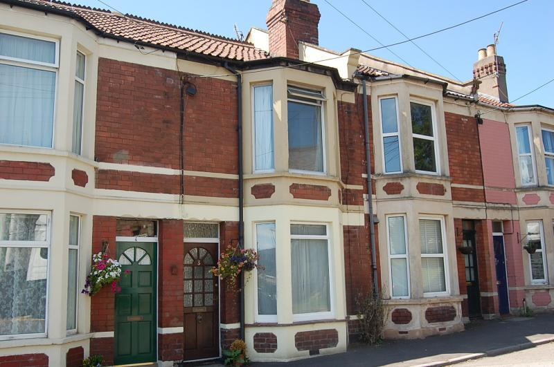 2 Bedrooms Terraced House for sale in Long Ashton