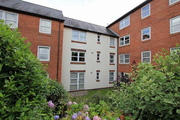 1 Bedroom Apartment Flat for sale in Ty Rhys, Nos 1-5 The Parade, Carmarthen, Carmarthenshire