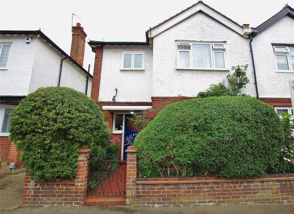4 Bedrooms Semi Detached House for sale in Mildred Avenue, Watford, Hertfordshire, WD18
