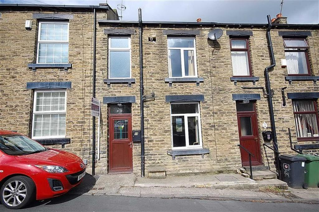2 Bedrooms Terraced House for sale in Kilpin Hill Lane, Dewsbury, WF13