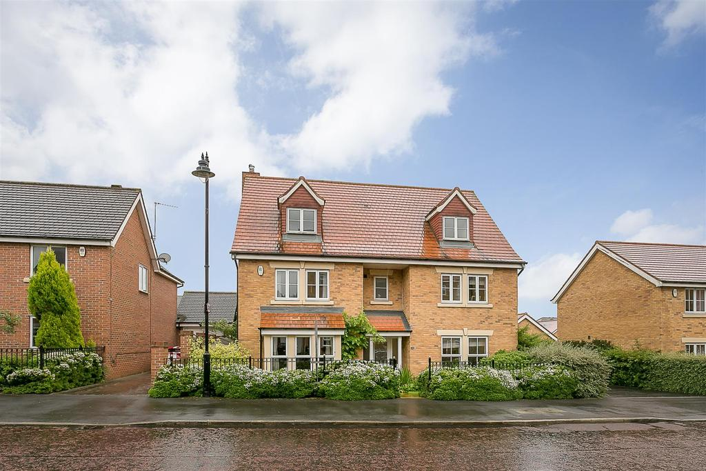 7 Bedrooms Detached House for sale in Barmoor Drive, Newcastle upon Tyne