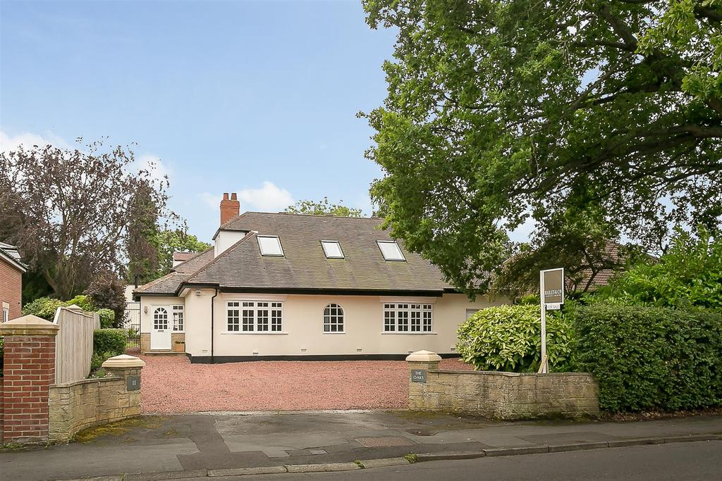 5 Bedrooms Detached House for sale in The Oaks, Runnymede Road, Ponteland, Newcastle upon Tyne