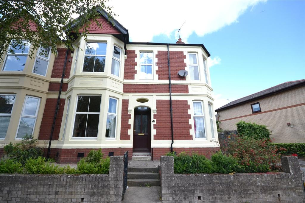 3 Bedrooms End Of Terrace House for sale in Kimberley Road, Penylan, Cardiff, CF23