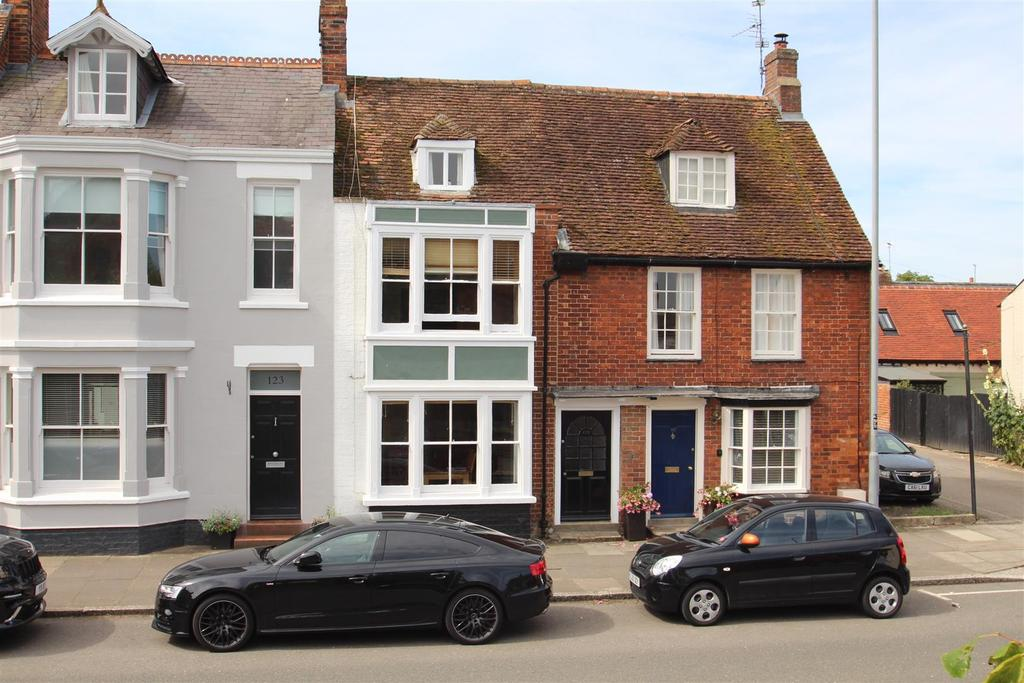3 Bedrooms Terraced House for sale in Stony Stratford, Milton Keynes