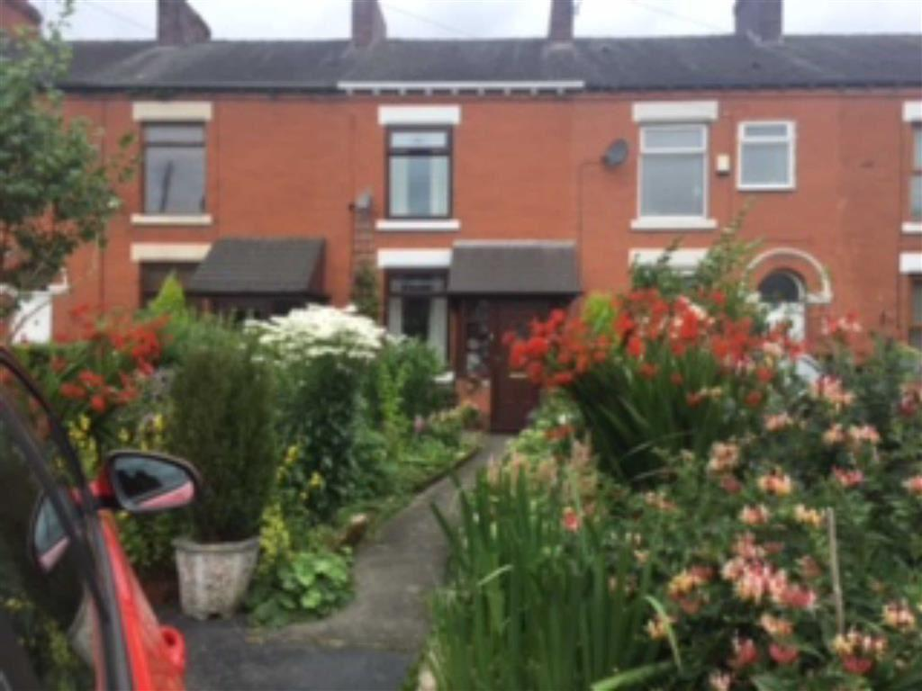 2 Bedrooms Terraced House for sale in Cowper Street, Middleton, Manchester