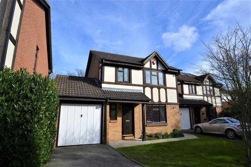3 Bedrooms Detached House for sale in Beckford Drive, Petts Wood, Kent