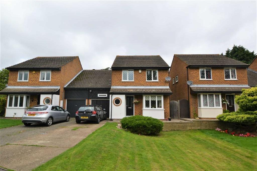 4 Bedrooms Detached House for sale in Langdale Close, Orpington, Kent