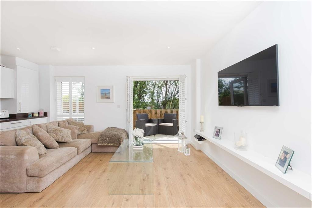 1 Bedroom Flat for sale in The Ridge, Orpington, Kent