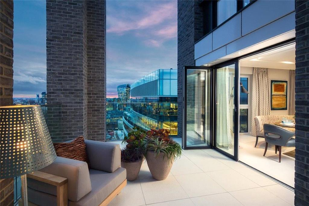 3 Bedrooms Penthouse Flat for sale in Wiverton Tower, 4 New Drum Street, London, E1