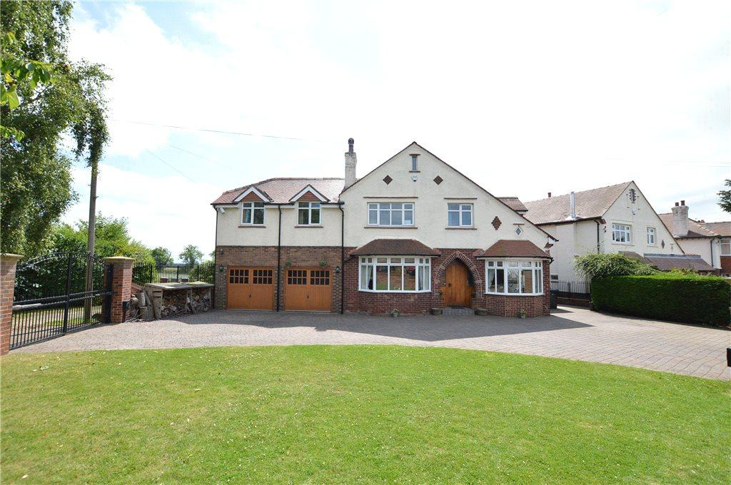 4 Bedrooms Detached House for sale in Nook Road, Scholes, Leeds, West Yorkshire