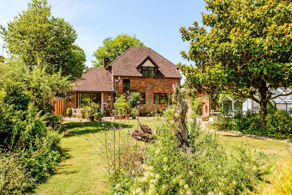 3 Bedrooms Detached House for sale in The Common, Dunsfold, Godalming, Surrey