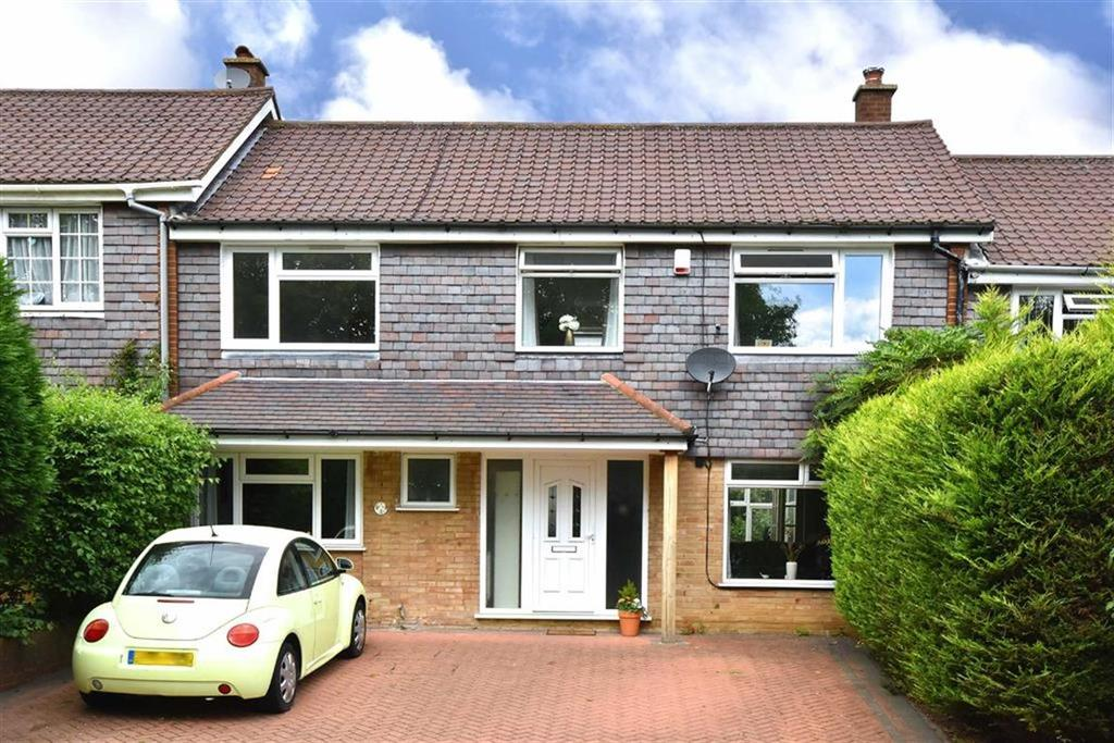 4 Bedrooms Terraced House for sale in Mead Way, Hayes, Kent