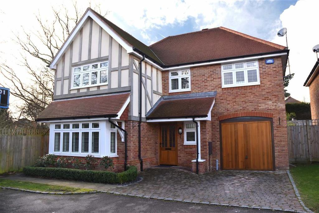 4 Bedrooms Detached House for sale in Homevale Close, Bromley, Kent