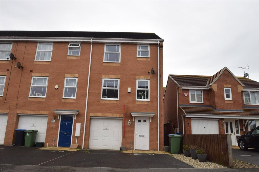 4 Bedrooms End Of Terrace House for sale in Douglas Way, Murton, Co Durham, SR7