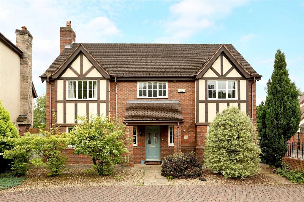 4 Bedrooms Detached House for sale in Queens Gate, Stoke Bishop, Bristol, BS9