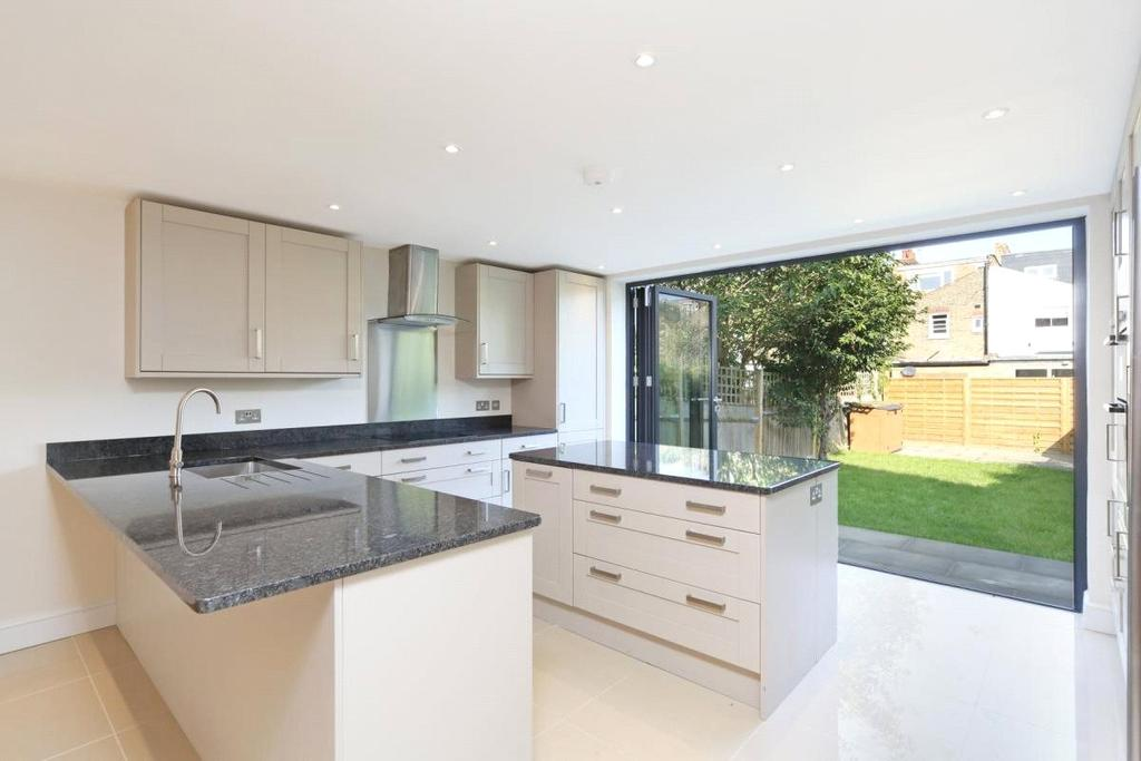 5 Bedrooms Terraced House for sale in Harbord Street, London, SW6