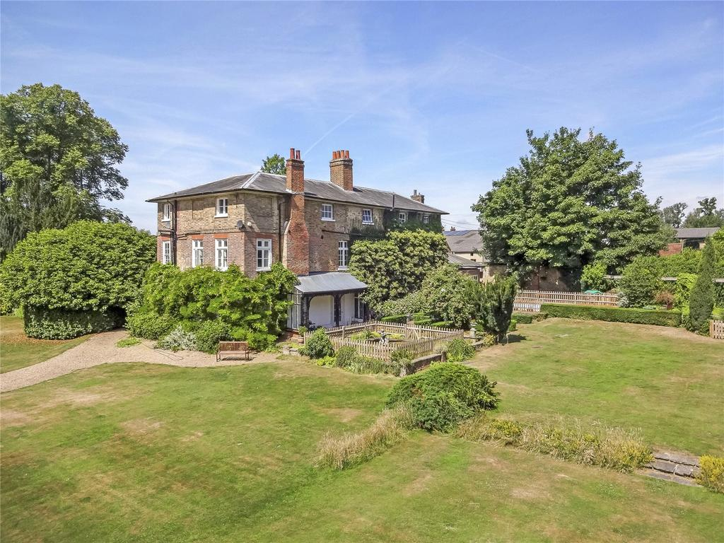 7 Bedrooms Detached House for sale in Sarratt Road, Sarratt, Rickmansworth, Hertfordshire, WD3