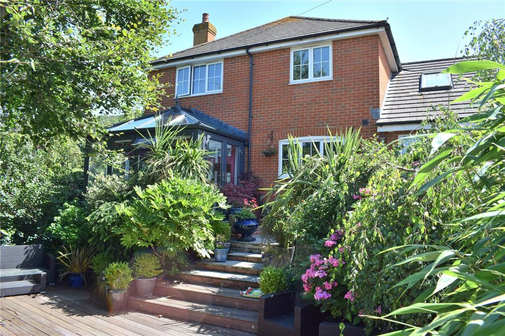 4 Bedrooms Detached House for sale in Osbourne Road, Bridport, Dorset