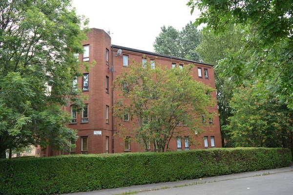 1 Bedroom Flat for sale in 2/3, 280 St. Georges Road, St Georges Cross, Glasgow, G3 6LA
