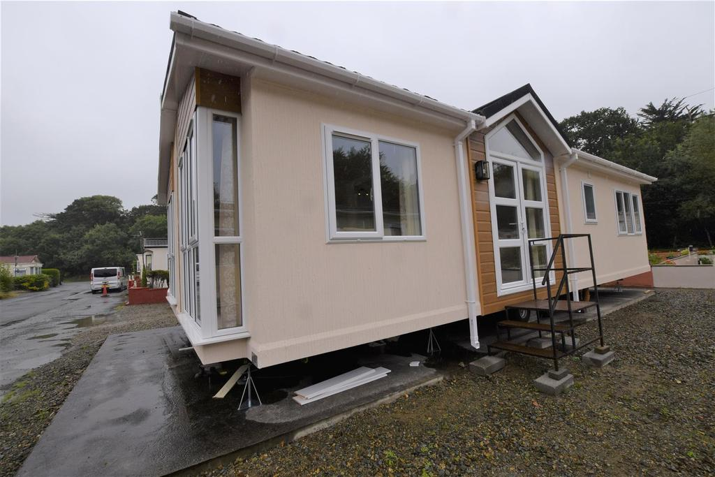 2 Bedrooms Park Home Mobile Home for sale in Haverfordwest