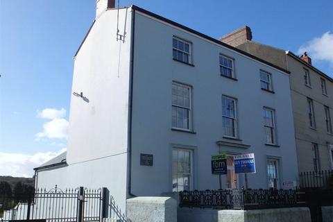 1 bedroom flat for sale - Tudor House, 115 Main Street, Pembroke, Pembrokeshire, SA71