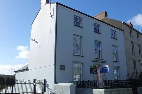 1 bedroom flat for sale - Tudor House, 115 Main Street, Pembroke, Pembrokeshire, SA71