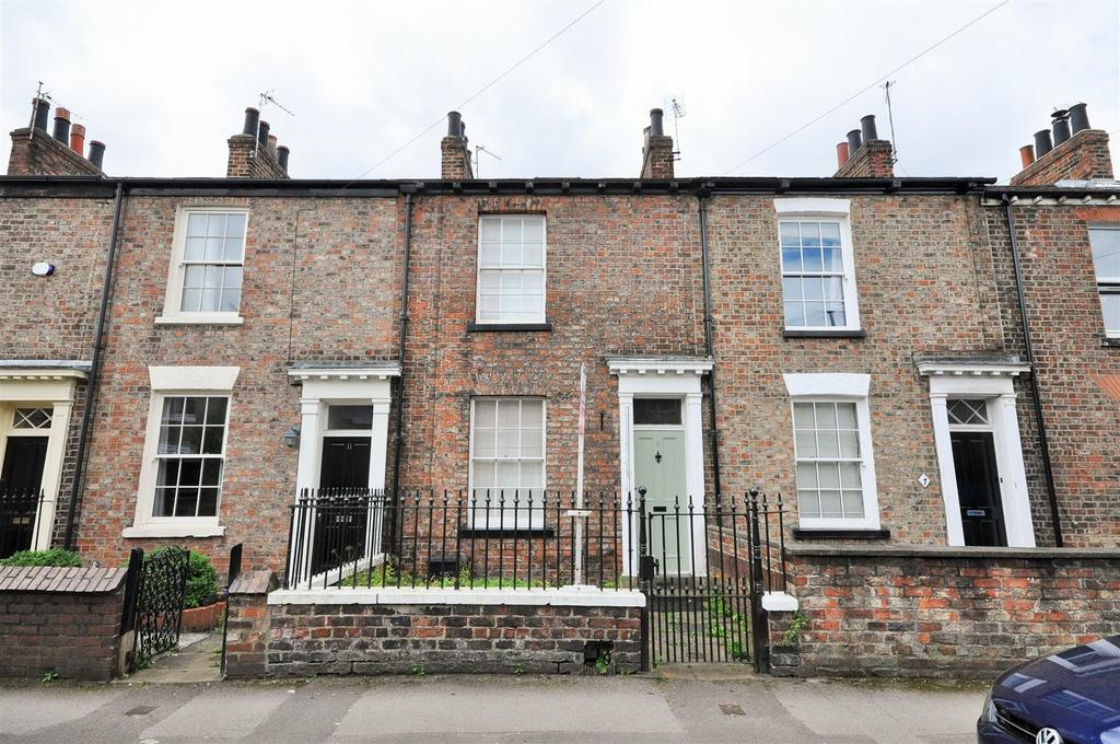 3 Bedrooms Terraced House for sale in Darnborough Street,Bishopthorpe Road, York