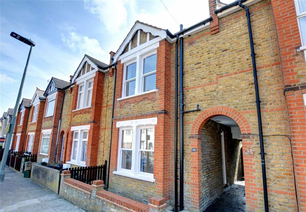 2 Bedrooms Terraced House for sale in Herbert Road, Bromley, Kent