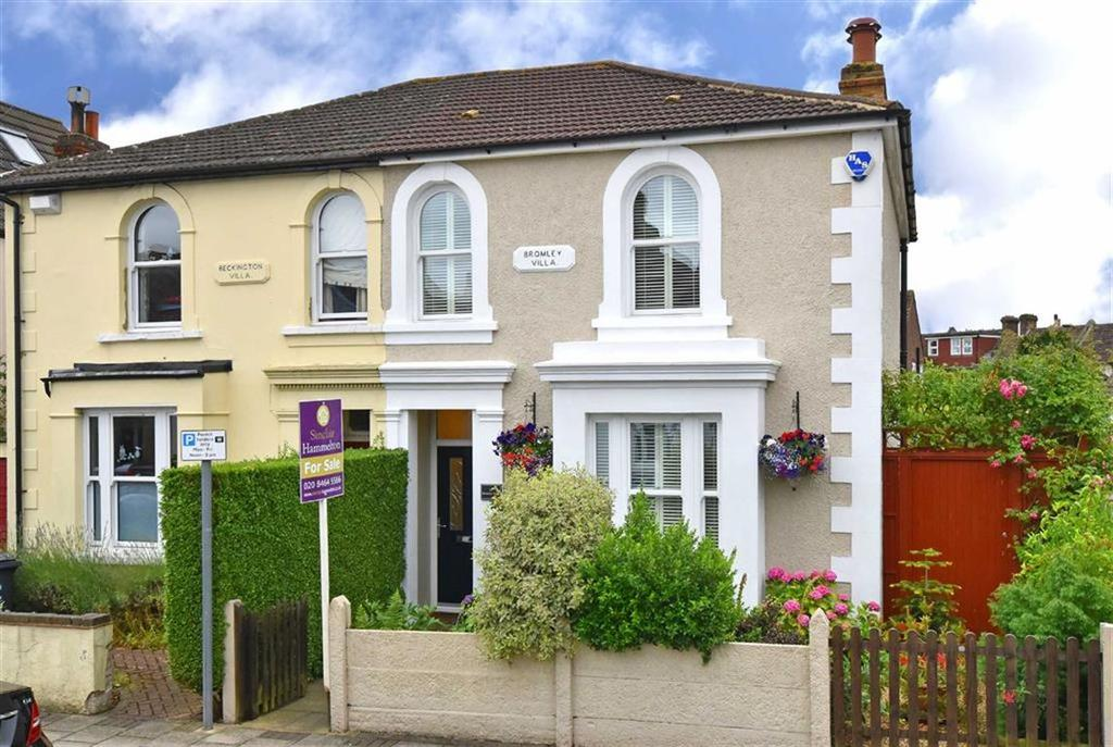 3 Bedrooms Semi Detached House for sale in Johnson Road, Bromley, Kent