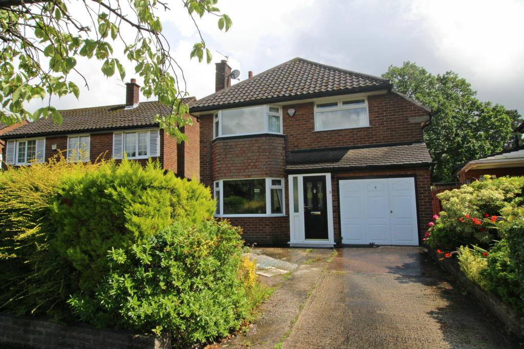 3 Bedrooms Detached House for sale in CHEADLE HULME (ORRISHMERE ROAD)