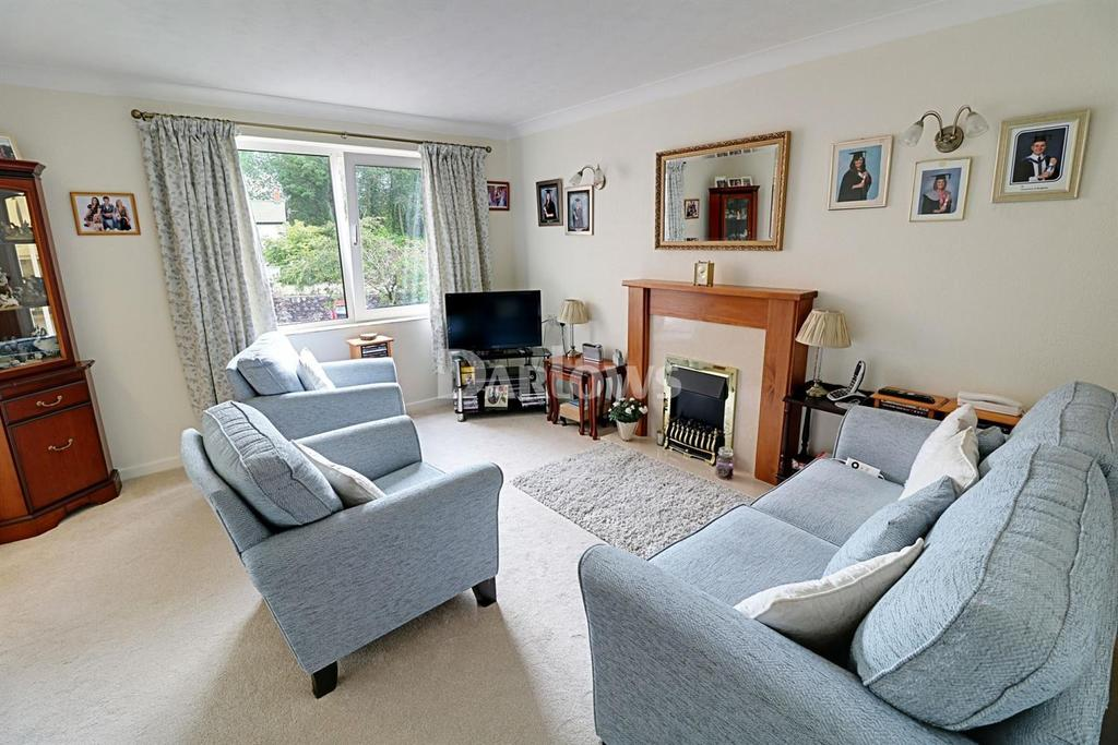 1 Bedroom Flat for sale in Homelong House, Heol Hir, Llanishen, Cardiff
