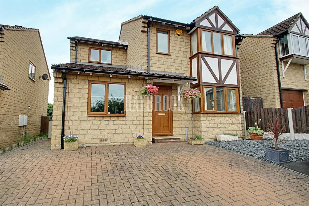 4 Bedrooms Detached House for sale in St Leonards Croft, Thrybergh