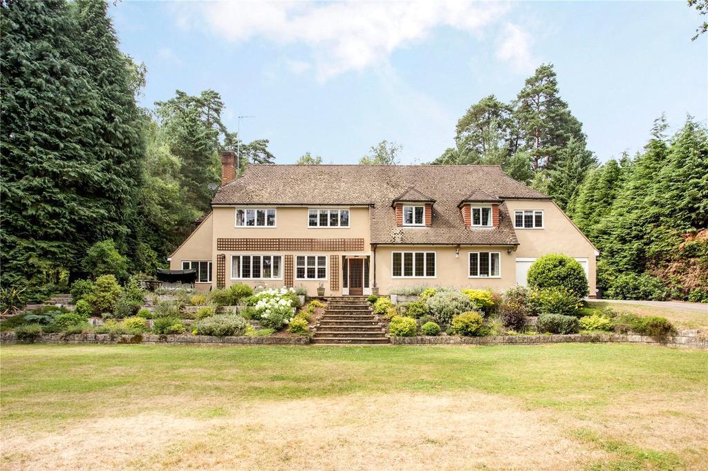 6 Bedrooms Detached House for sale in Dene Lane, Lower Bourne, Farnham, Surrey, GU10