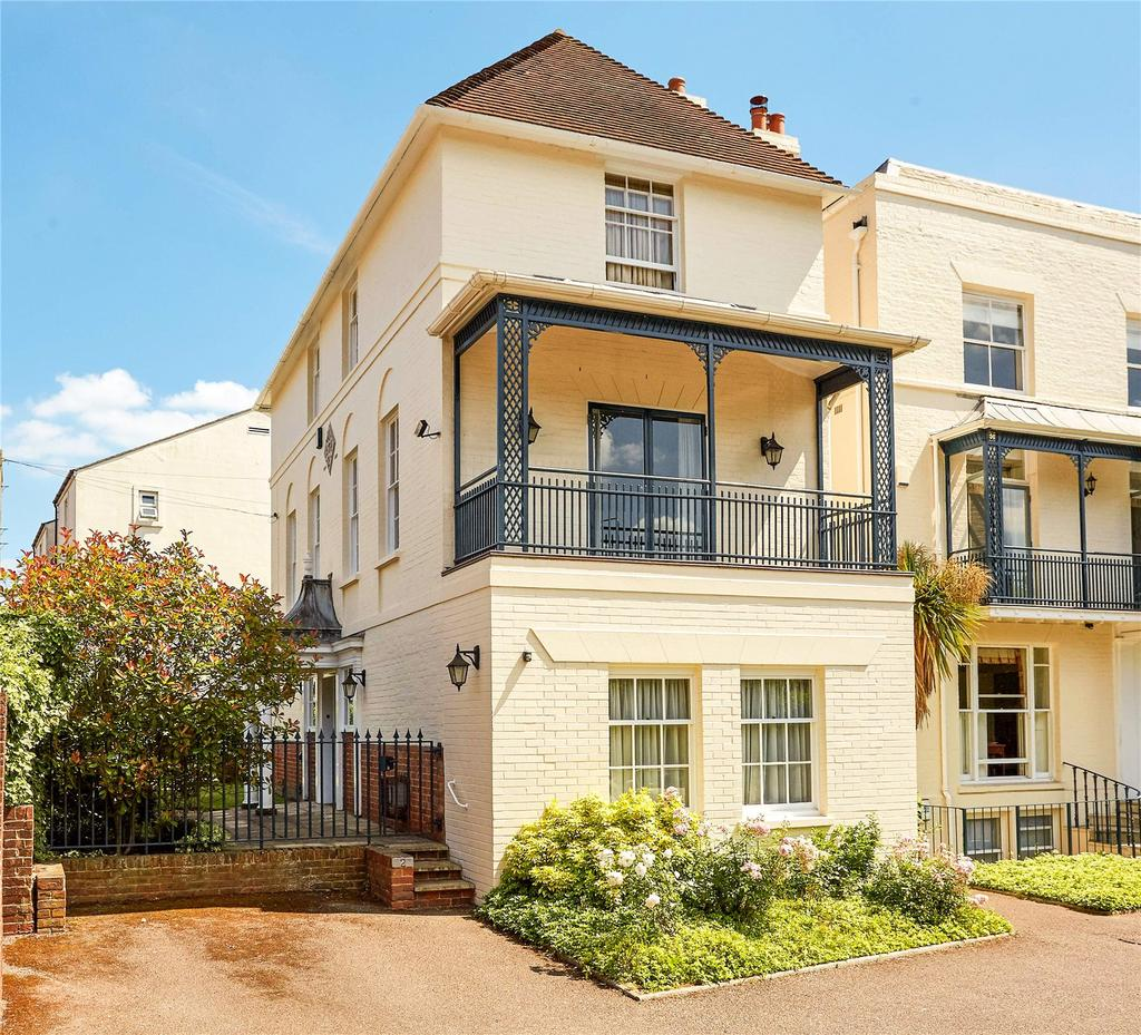 2 Bedrooms Flat for sale in Regency House, 77 London Road, Tunbridge Wells, Kent, TN1