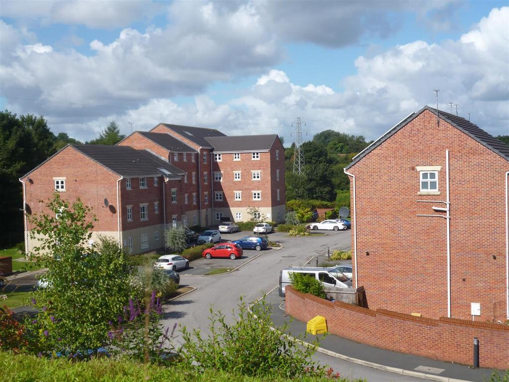 2 Bedrooms Apartment Flat for sale in River View Waters Edge, Middleton