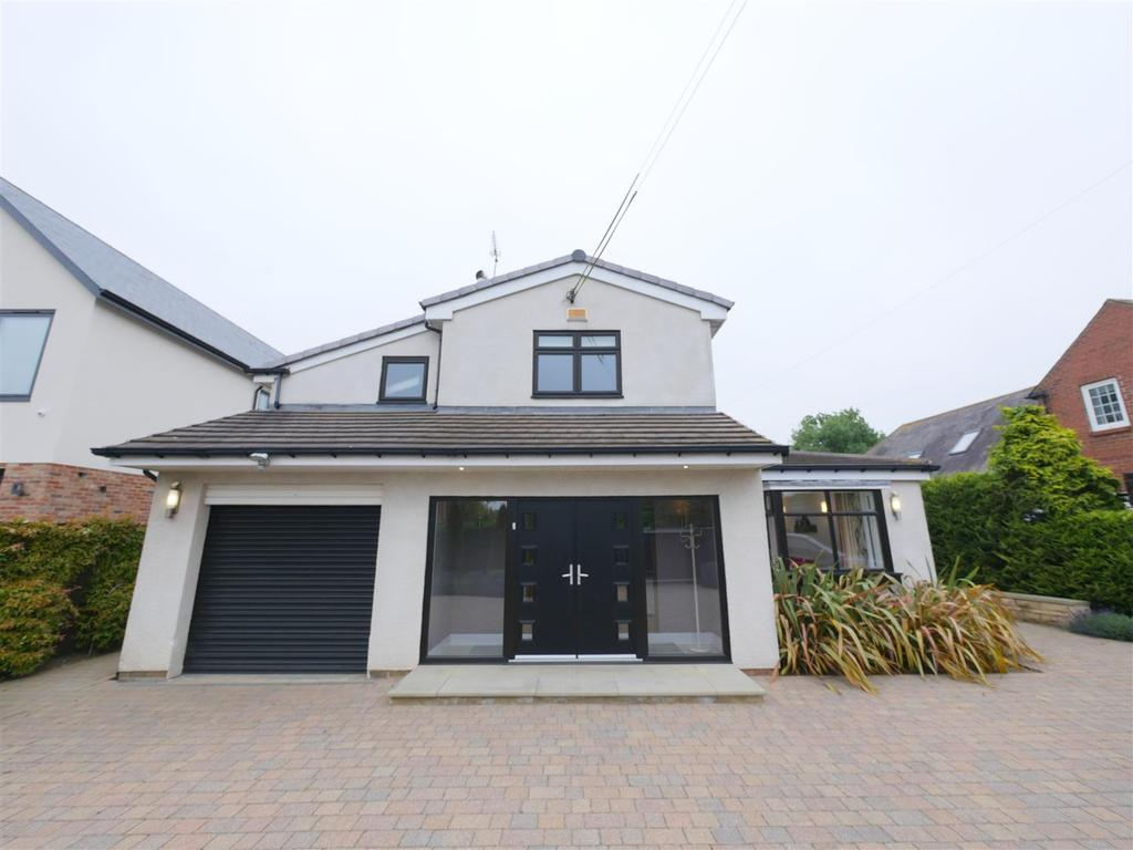 5 Bedrooms Detached House for sale in Sunderland Road, Cleadon, Sunderland