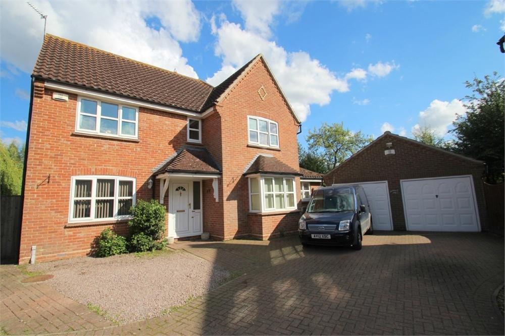 4 Bedrooms Detached House for sale in Howards Croft, COLCHESTER, Essex