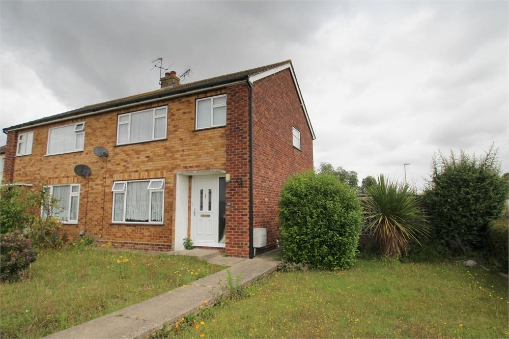 3 Bedrooms Semi Detached House for sale in Hythe Grove, Brightlingsea, Colchester, Essex